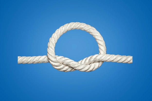 Overhand Knot   Basic Knots Every Man Should Know