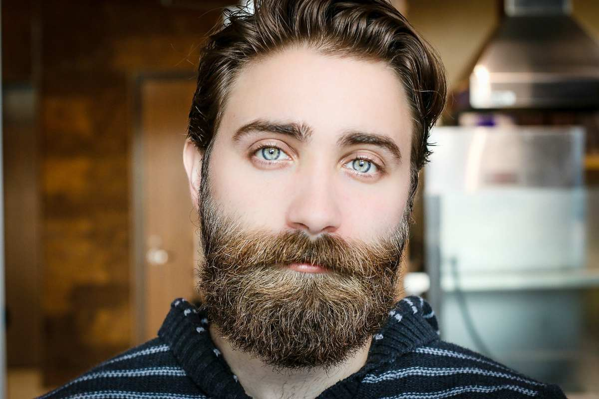 Handsome bearded man | Time To Split Up With Your Beard Split Ends